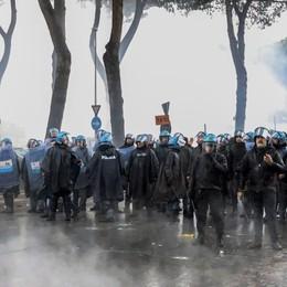 Scontri prima della finale di Coppa Italia Arresti e obblighi per 13 ultrà della Lazio
