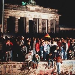 Il calcio prima del Muro/3. Germania 1989: una radiolina, la bici del parroco, il gol di Madonna