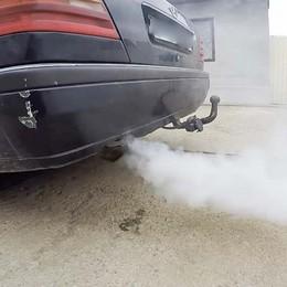 Lotta alle auto inquinanti a Bergamo Per rottamarle arrivate 271 domande