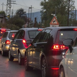 Tamponamento in Val Seriana: code Traffico in tilt a Nembro, cinque feriti