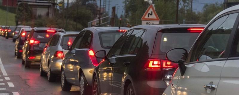 Tamponamento in Val Seriana: code Traffico in tilt a Nembro, cinque feriti - L'Eco di Bergamo