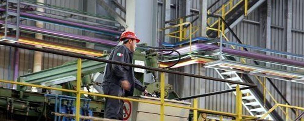 Casse a Bergamo: «I dati preoccupano» Cisl: cala l'export, esplode la straordinaria