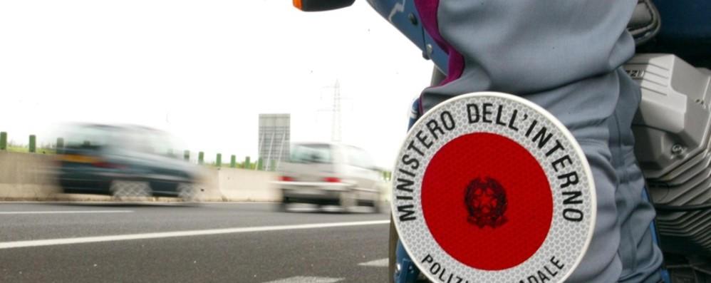 Rubavano macchinari da cantiere La Polstrada arresta quattro romeni
