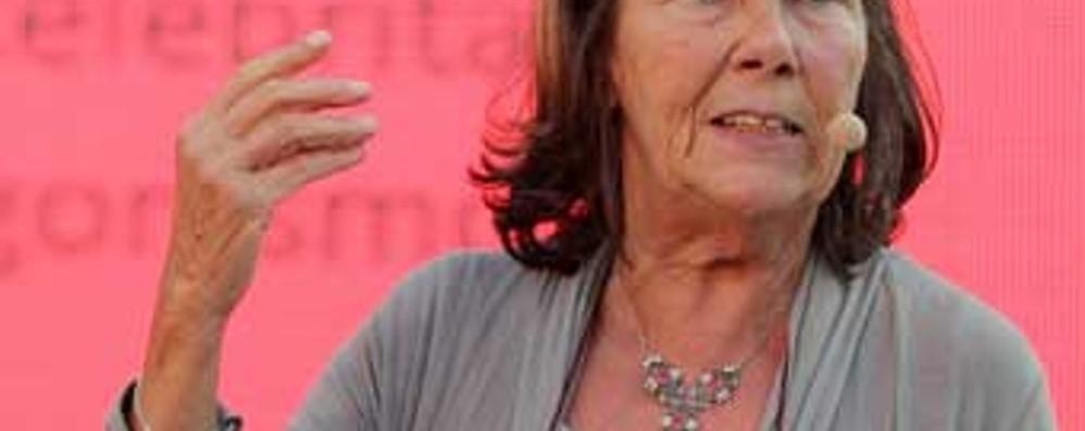 «Migrare, Humanum est» La filosofa Rigotti a Costa Volpino