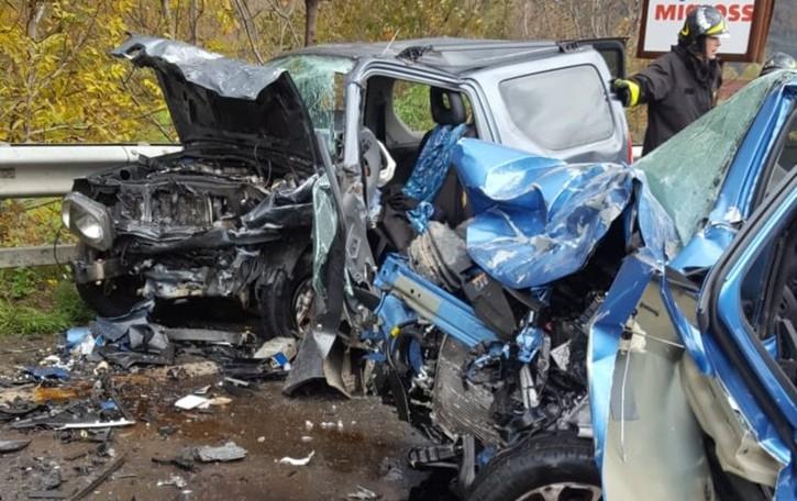 Rogno, terribile schianto sulla statale 42  Muore 54enne e due feriti sono  gravi