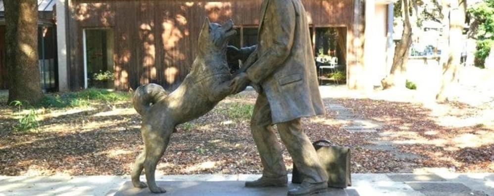 Hachiko e il suo padrone La statua in Giappone