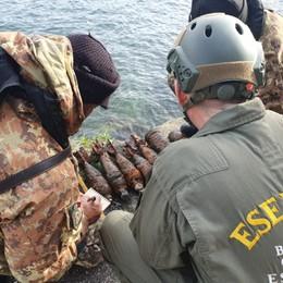 Lago d'Iseo, cominciata la bonifica- Video Fatte brillare le prime bombe recuperate