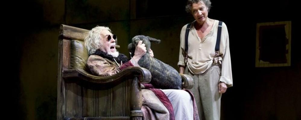 Glauco Mauri al teatro Sociale «Esploro l'umanità di Beckett»