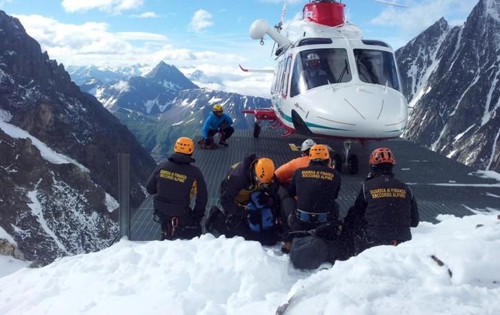 La Guardia di Finanza cerca 33 giovani Concorso per tecnici di Soccorso alpino