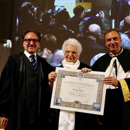Liliana Segre all'Università di Bergamo «Ho scelto di essere una donna di pace»