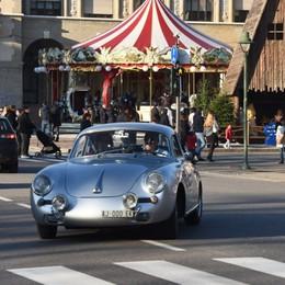 Weekend con la Coppa della Presolana In centro la sfilata delle auto d'epoca - Foto