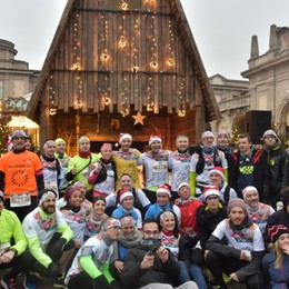 Torna la «We run for Christmas» Tedofori «in rosa» per l'edizione 2019