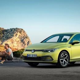 Volkswagen Golf VIII arriva a fine anno