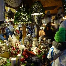 Castione e i mercatini delle feste A Gromo apre la casa di Babbo Natale