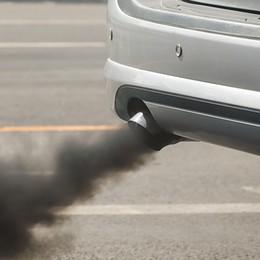 L'inquinamento è in calo in Lombardia ma l'effetto serra non molla la presa