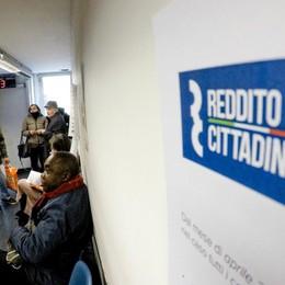 Treviglio, reddito di cittadinanza ai defunti La smentita dell'Inps: «Non è vero»