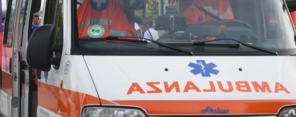 Investe bambino  di 2 anni e fugge Il piccolo in coma all'ospedale di Bergamo