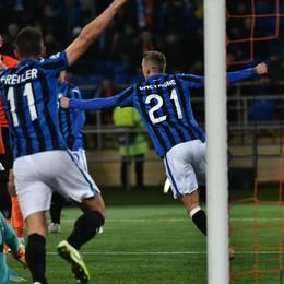 Lacrime di gioia, l'Atalanta ha scritto la storia!  3 a 0 allo Shakhtar: è qualificazione, esplode la festa