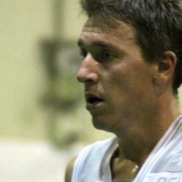 Muore per un arresto cardiaco in campo Il mondo del basket si ferma per Alessio