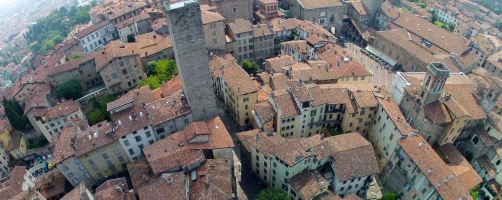 Qualità della vita, Milano fa il bis al top Bergamo crolla di 12 posizioni (28°)