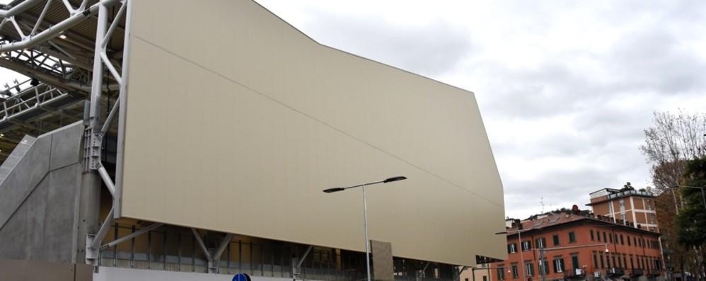 Stadio, obiettivo 25 mila spettatori Slittano i lavori per le facciate laterali