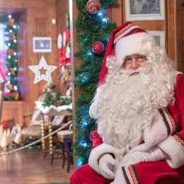 Natale scintillante a Gromo Fino al 26 c'è la casa di Babbo Natale