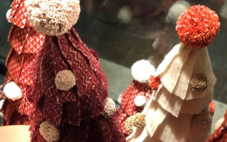 Per Natale moda bergamasca  ecologica, a mano e piena di colori