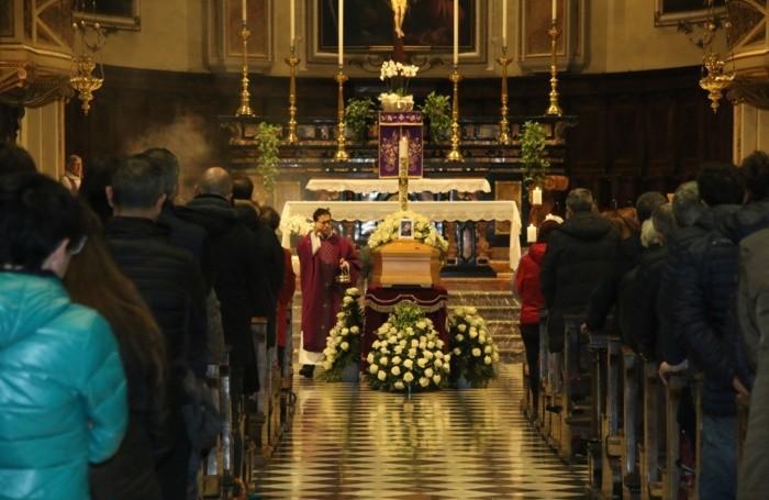 Il funerale di Chiara Roncalli