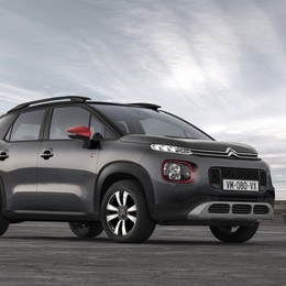 Citroën C3 Aircross arriva la «C-Series»