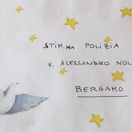 La Polizia ritrova i doni di Natale smarriti Bimbo ringrazia con una bellissima lettera