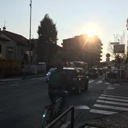 Nuova viabilità in via Corridoni Redona, polemica su corsie e svolte