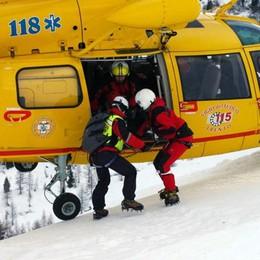 Raffica di incidenti sulle piste Super lavoro per l'elisoccorso