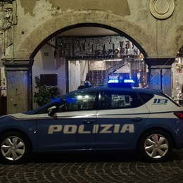 Stroncato da infarto a 43 anni  Bergamo, pizzaiolo muore nel locale
