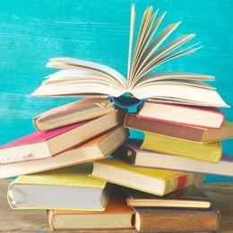 5 libri per Natale diversi dai soliti titoli (e da leggere nei ritagli di tempo)