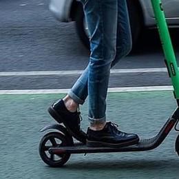 Bergamo, via libera ai monopattini «Equiparati alle biciclette»