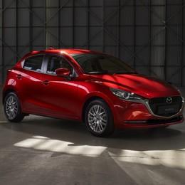 Mazda2 2020 diventa ibrida