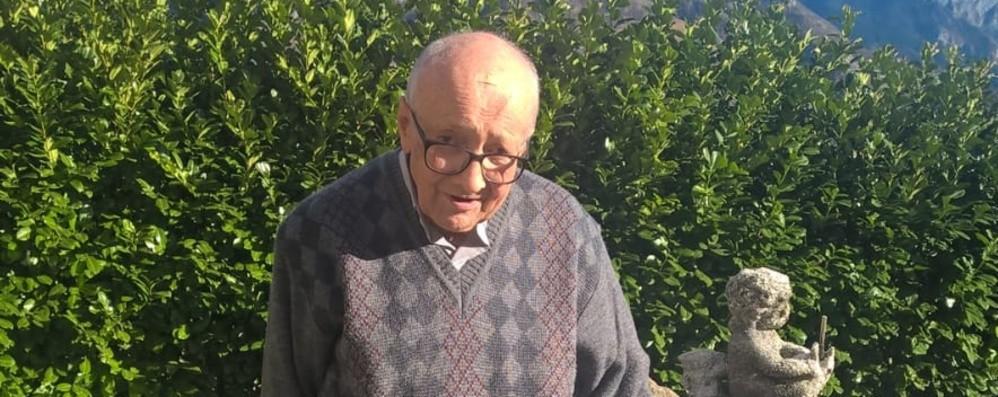 Valgoglio, morto don Attilio Sarzilla Il «prete pittore» aveva 91 anni