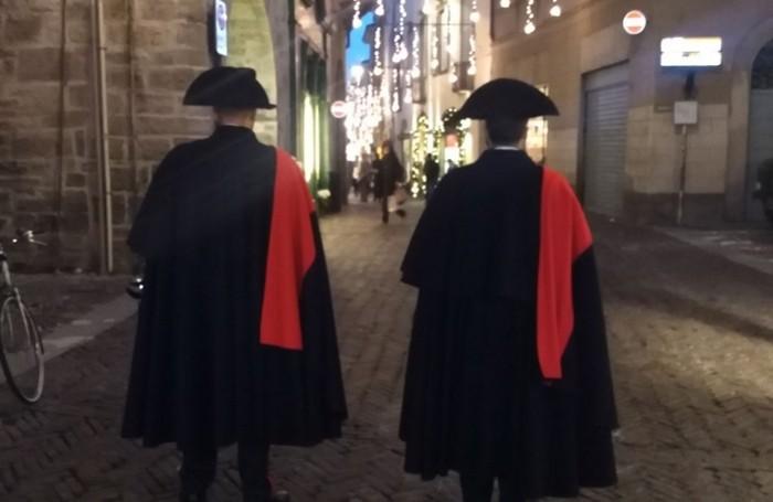 Carabinieri in alta uniforme per le feste natalizie in Città Alta