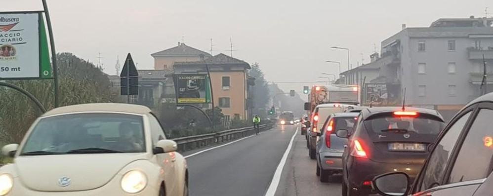 In viaggio dalla Bassa a Bergamo Cinquanta minuti di code e smog