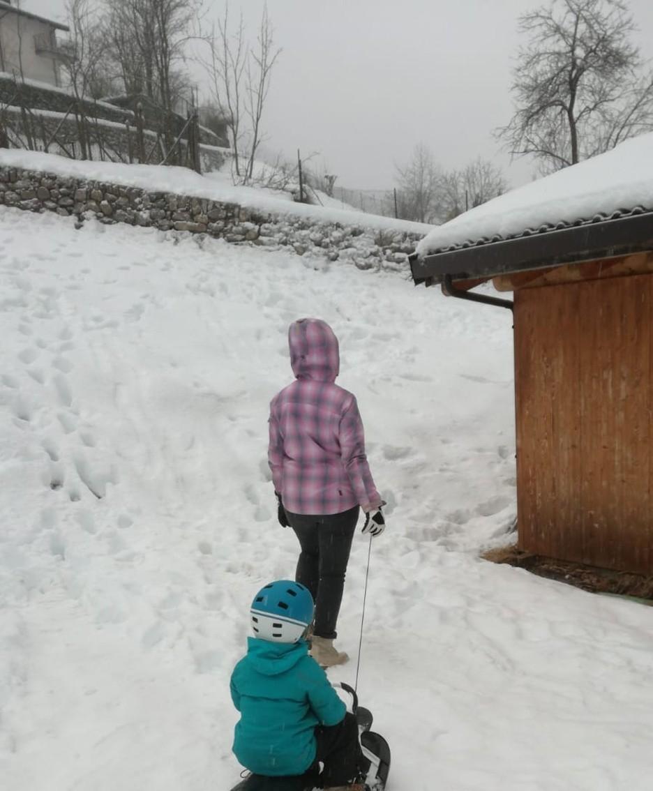 Si gioca con la neve a Schilpario