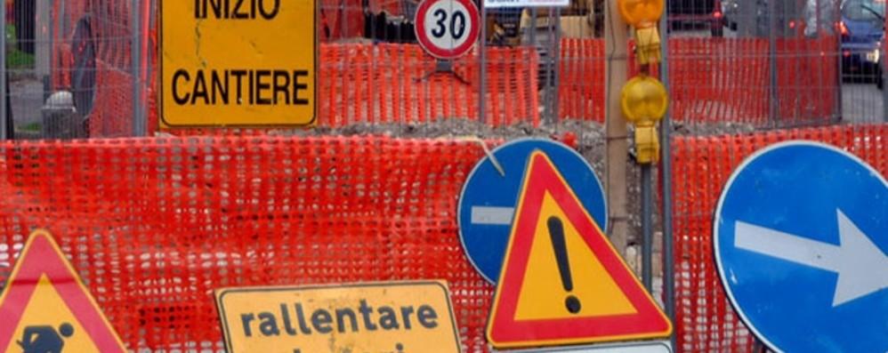 Via Tiraboschi, nuovo cantiere Attenti al traffico in centro