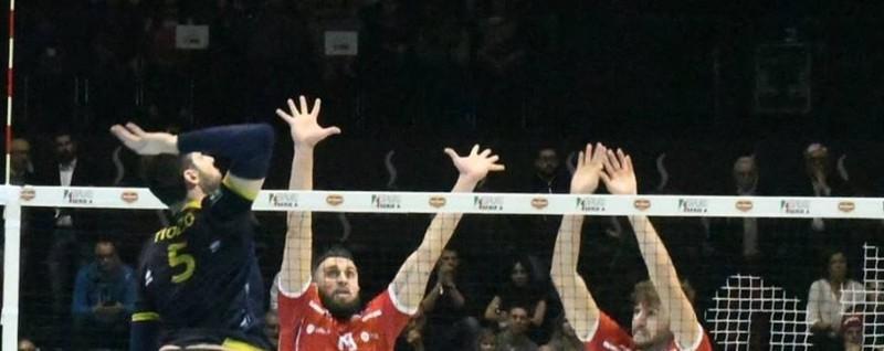 Volley, l'Olimpia sfiora la Coppa Sconfitta in finale da Piacenza