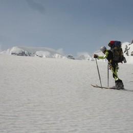 Sci alpinismo, ma perdono l'orientamento Due giovani chiedono aiuto a Colere