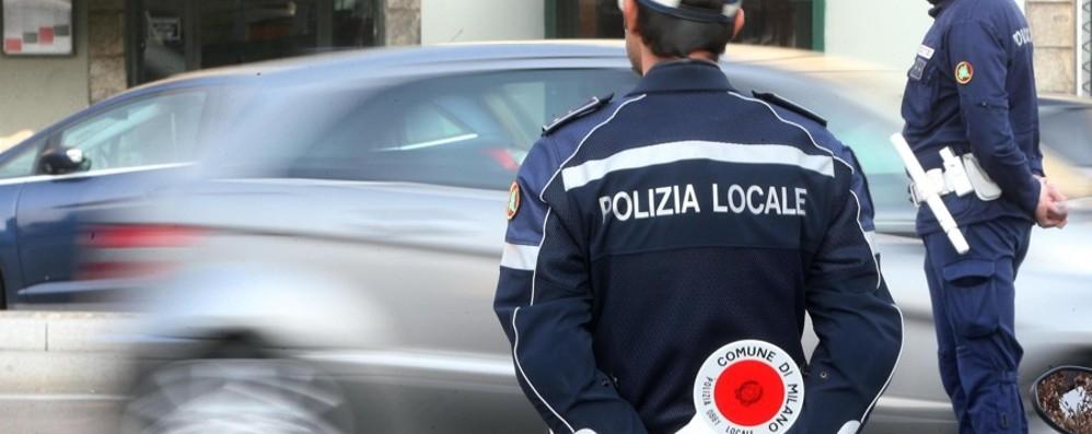 Senza patente e assicurazione Sanzioni da seimila euro