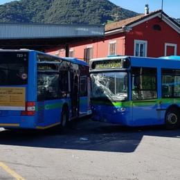 Schianto del bus, chiusa l'inchiesta «Omissioni Sab per risparmiare soldi»