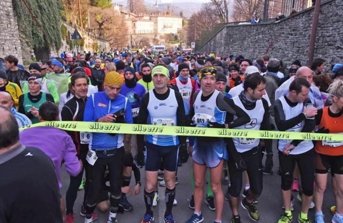 Partecipanti alla mezza maratona di Bergamo - Bergamo City Run partenza