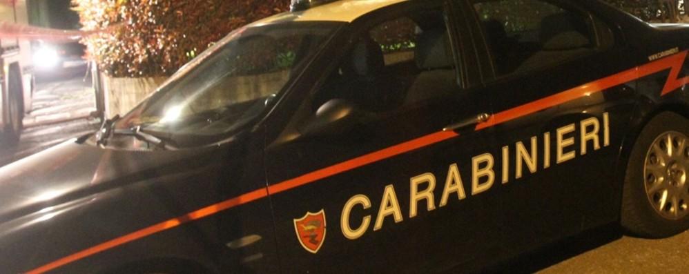 Lavoro in nero, irregolarità e droga Blitz dei carabinieri in un club a Madone