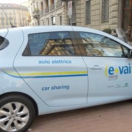 Bergamo arrivano 4 auto elettriche Nel week-end a disposizione dei cittadini