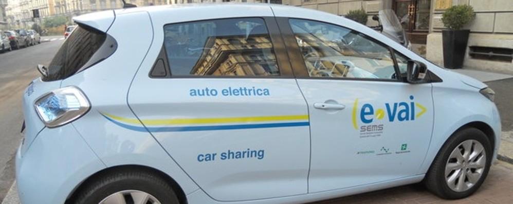 Bergamo arrivano 4 auto elettriche Nel week-end a disposizione dei cittadini 031de3394e8d