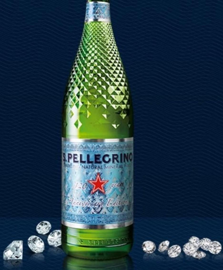 La bottiglia diamante per i 120 anni di Sanpellegrino